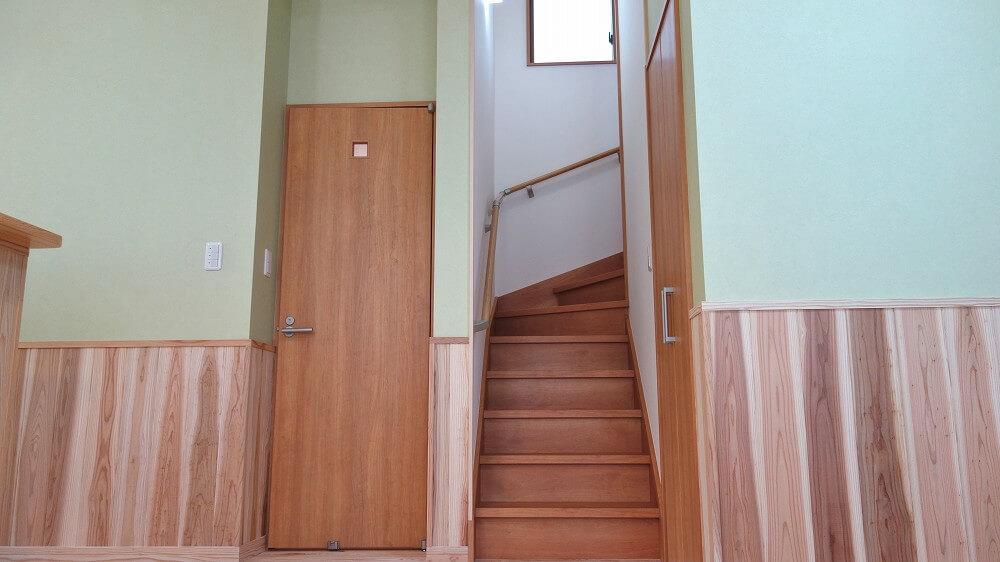 AK様邸階段